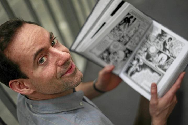 Yhdysvaltalainen sarjakuvataiteilija Craig Thompson kuvattuna vuonna 2012.