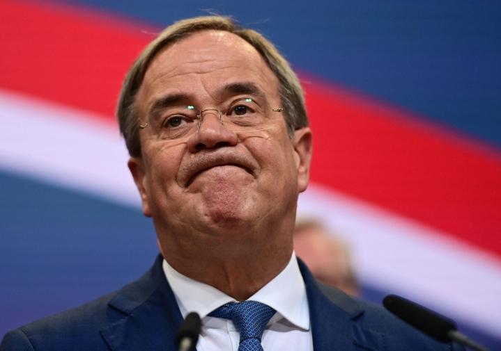 Kristillisdemokraatit kärsivät murskatappion Saksan liittopäivävaaleissa. Kansleriehdokas Armin Laschet ei ollut erityisen suosittu omiensakaan joukossa. LEHTIKUVA / AFP