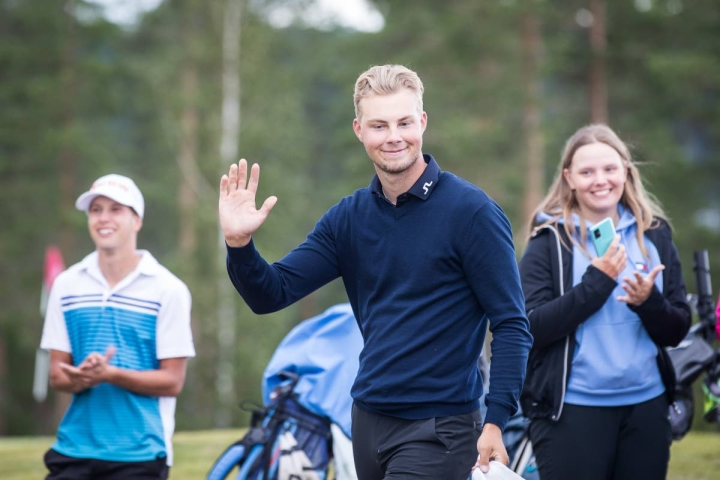 Eetu Taivainen kuului Karelia Golfin joukkueeseen SM-kisoissa.