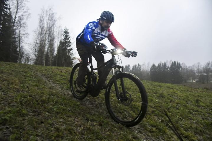 Esimerkiksi polkupyöräily on alkanut näkyä vakuutuksissa entistä enemmän, kerrotaan Fenniasta. Kuvituskuvaa. LEHTIKUVA / MARKKU ULANDER