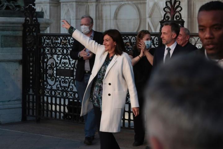 62-vuotiasta Anne Hidalgoa on pidetty Ranskassa yhtenä ennakkosuosikeista sosialistien ehdokkaaksi. LEHTIKUVA/AFP