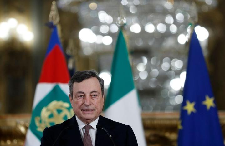 Italian pääministerin Mario Draghin mukaan tukitoimet suunnataan erityisesti köyhimpien ja haavoittuvimpien talouksien auttamiseen. LEHTIKUVA / Yara Nardi