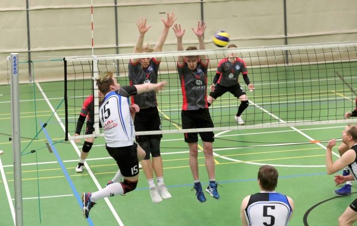 Liperi Volley ja Outokummun Partion Karpaasit kohtaavat jälleen miesten 2-sarjassa.