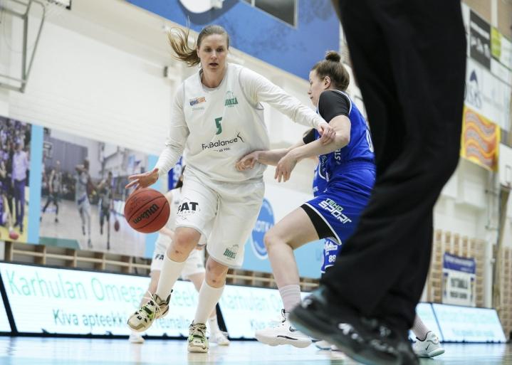 Tuukkanen pelasi ToPossa edellisen kerran kaudella 2010–11. Kuva huhtikuussa pelatusta ottelusta Peli-Karhut - Tapiolan Honka. LEHTIKUVA / Ville Vuorinen