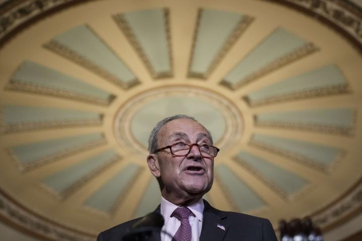 Senaatin demokraattienemmistön johtaja Chuck Schumer ilmoitti, että demokraatit ja republikaanit ovat päässeet asiassa sopimukseen. LEHTIKUVA/AFP