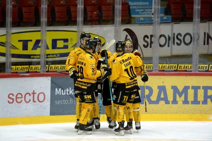 SaiPa oli vahvempi Kaakkois-Suomen liigajoukkueiden viikonlopun kohtaamisten ensimmäisessä näytöksessä. LEHTIKUVA / Mikko Stig