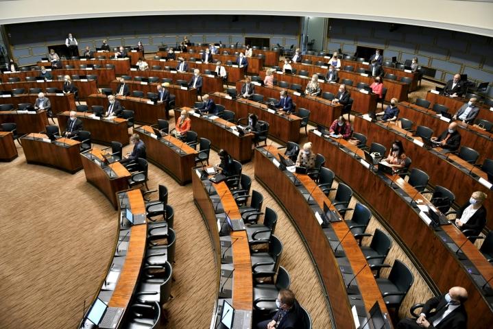 Hallitus on antanut eduskunnalle esityksensä ulkomaalaislain muutoksista. LEHTIKUVA / Heikki Saukkomaa