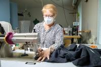 """Työuupumus ja ohitusleikkaus saivat outokumpulaisen Soili Kurikka-Monosen, 61, luopumaan ainulaatuisesta yrityksestään – Ergomode valmistaa vaatteita pyörätuolia käyttäville: """"Olo oli aika epäuskoinen, kun jatkaja löytyi"""""""