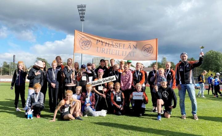 Pyhäselän Urheilijoiden yleisurheilijoilla oli aihetta juhlaan lauantaina Porissa.