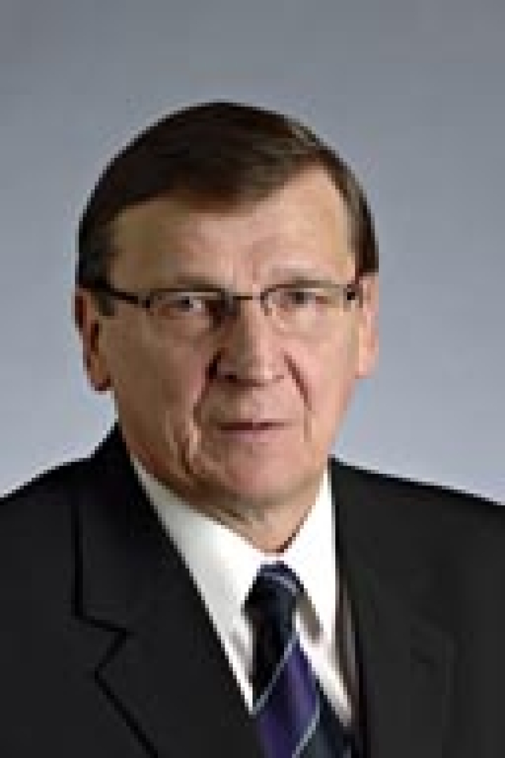 Raimo Vistbacka oli perustamassa johtamaansa säätiötä yli 30 vuotta sitten.
