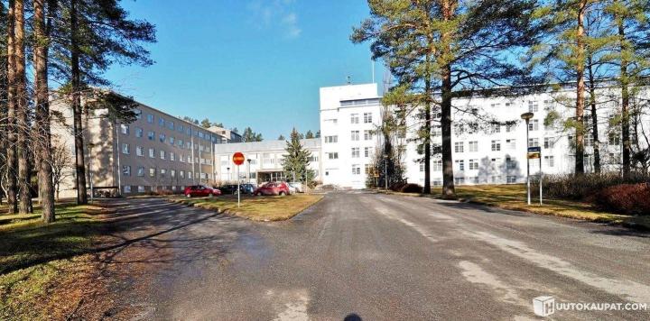 Härmän sairaalan hinta nettihuutokaupassa oli maanantai-iltana 610 euroa.