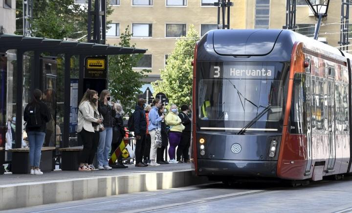 Tampereen otteluliput sisältävät seudun joukkoliikennematkat. LEHTIKUVA / JUSSI NUKARI