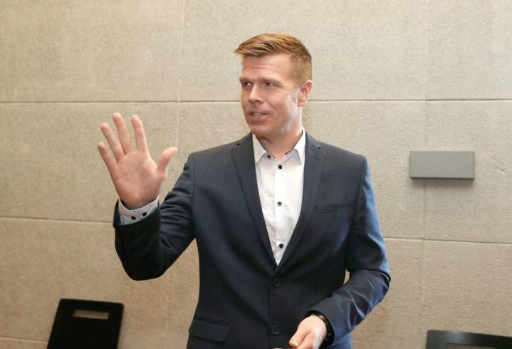 Maakuntajohtaja Markus Hirvosen mukaan kiista aluekehitysrahoista vaikeuttaa jo maakuntaliittojen työtä.