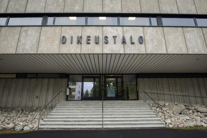 Itä-Suomen hovioikeus tuomitsi perjantaina 35-vuotiaan naisen entisen miesystävänsä murhasta. LEHTIKUVA / Timo Hartikainen
