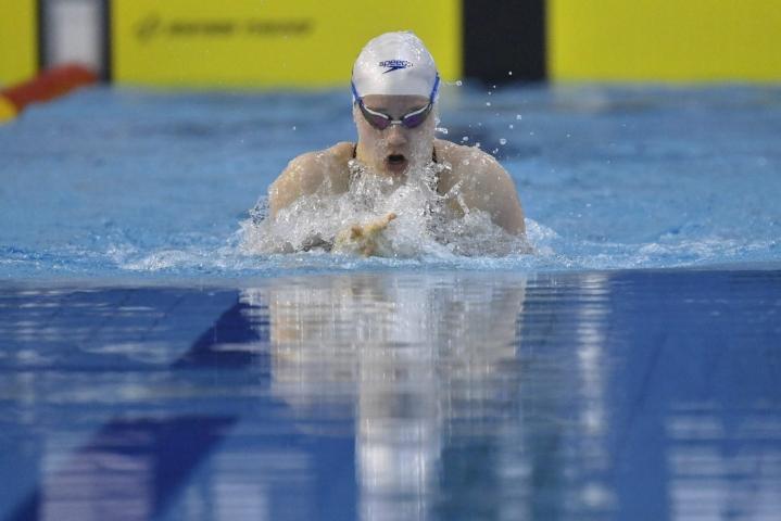 Hulkko ui torstaina 50 metrin rintauinnin pudotuskisassa toiseksi ja 100 metrin rintauinnissa kolmanneksi. Arkistokuva. LEHTIKUVA / Vesa Moilanen