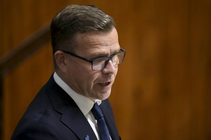 Puheenjohtaja Petteri Orpon mukaan kokoomus ei lähde mukaan hallitukseen, joka ryhtyy peruuttamaan ilmastotoimissa. LEHTIKUVA / Vesa Moilanen