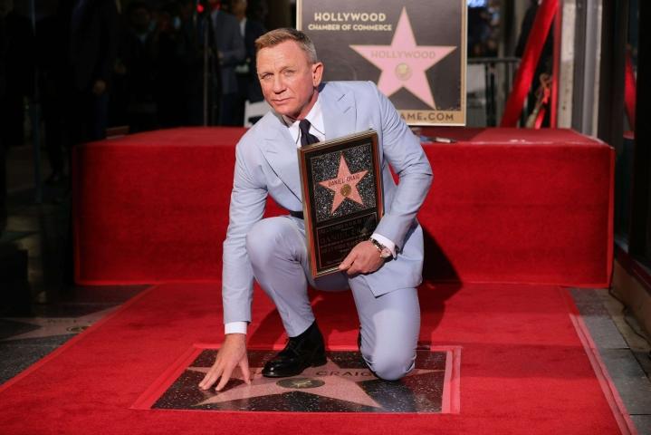 Viimeisimpien James Bond -elokuvien pääosassa nähty Daniel Craig on saanut oman tähtensä Hollywoodin Walk of Famelle. LEHTIKUVA/AFP
