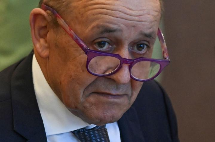 Ranskan ulkoministerin Jean-Yves Le Drianin mukaan suurlähettilään paluulla pyritään määrittelemään maan suhteita uudelleen Australian kanssa peruuntuneiden sukellusvenekauppojen jälkipyykissä. LEHTIKUVA/AFP