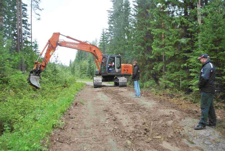 Otso on toteuttanut paljon muun muassa metsätiehankkeita.