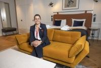 """Hotellihuoneen täytyy yllättää yksityiskohdillaan – """"Huoneen pitää olla sellainen, ettei asiakas lähde sieltä kuin repimällä"""", määrittelee Joensuun Kimmelin laajennussaneerauksenkin suunnitellut sisustusarkkitehti Jaakko Puro"""