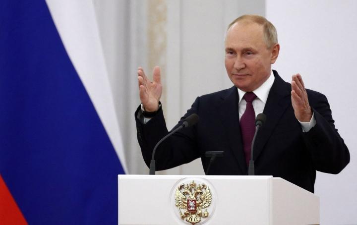 Presidentti Vladimir Putin kertoo Venäjän pyrkivän hiilineutraaliksi vuoteen 2060 mennessä. LEHTIKUVA/AFP