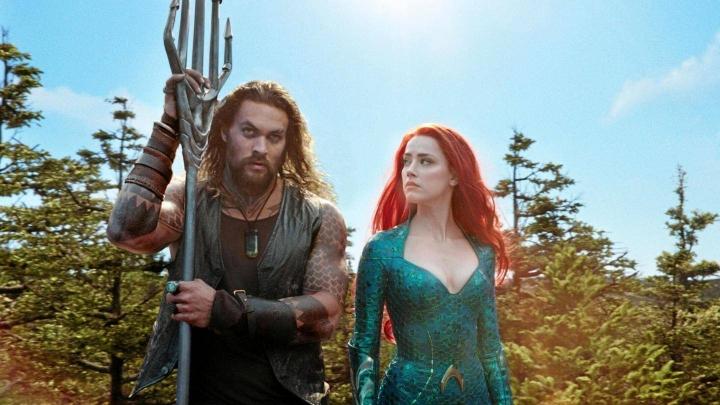 Aquaman: Jason Momoa ja Amber Heard. Sub klo 21.00.