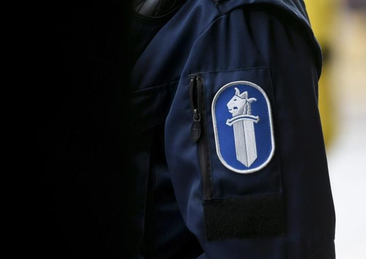 Itä-Suomen poliisin tilannekeskuksesta kerrotaan, että evakuoitujen määrä on 20–30 ihmistä. LEHTIKUVA / Onni Ojala