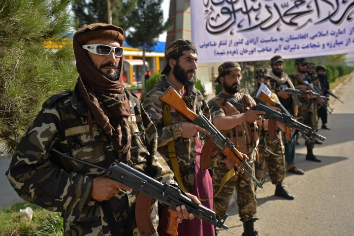 Talebanin tukijat ja korkea-arvoiset edustajat järjestivät sunnuntaina myös ensimmäisen suurtapahtumansa. LEHTIKUVA/AFP