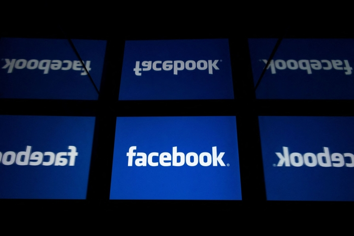 Facebookin käyttökatkoksia on raportoitu ympäri maailman. LEHTIKUVA / AFP