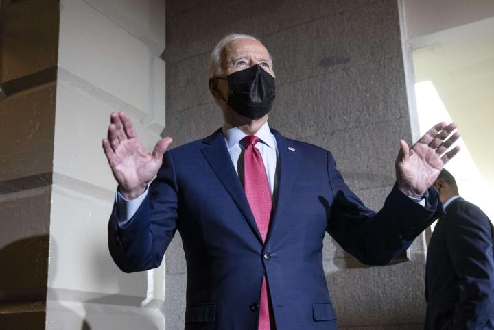 Yhdysvalloissa edustajainhuone ei vieläkään äänestä presidentti Joe Bidenin hallinnon suuresta infrastruktuuripaketista. LEHTIKUVA/AFP