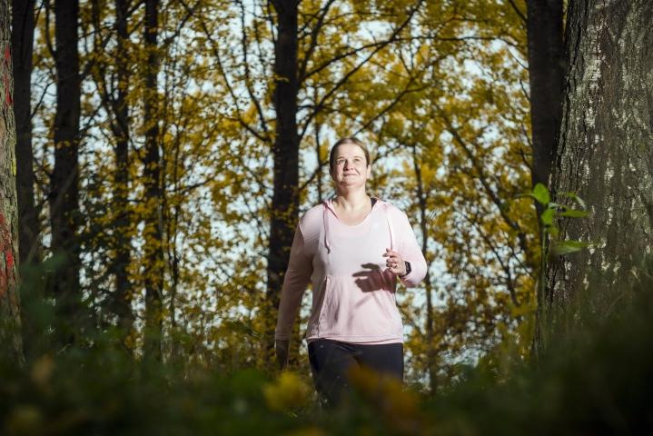 Marja Järvinen on ylpeä siitä, että pystyi tekemään elämänmuutoksen, vaikka se ei ollut ihan helppoa. Painoa on tullut hoikistumisen jälkeen taas lisää, mutta Järvinen on päättänyt pitää tilanteen hallinnassa.