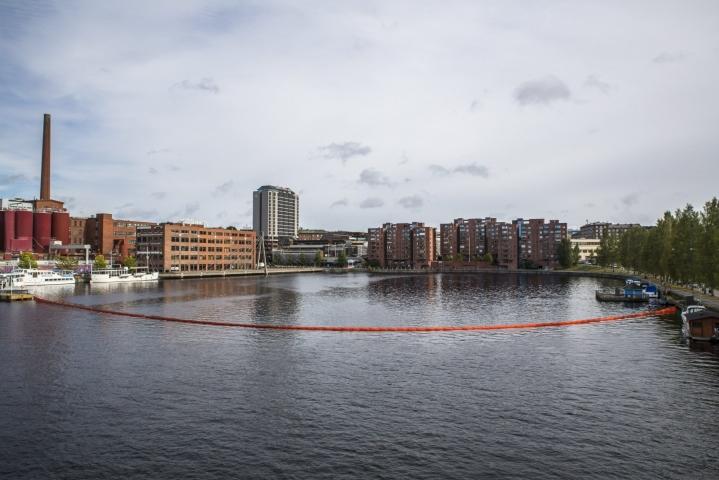 Laukontorin rannassa järjestettiin tänään Ratinan suvannon siivoustapahtuma. Kuva on arkistokuva. LEHTIKUVA / Jukka Töyli