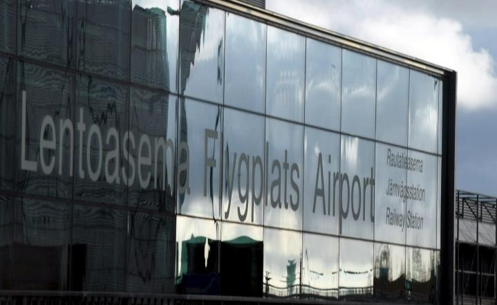 Finavian mukaan Suomessa lentoasemien matkustajamäärät ovat kohonneet selvästi viime kuukausina. LEHTIKUVA / Jussi Nukari