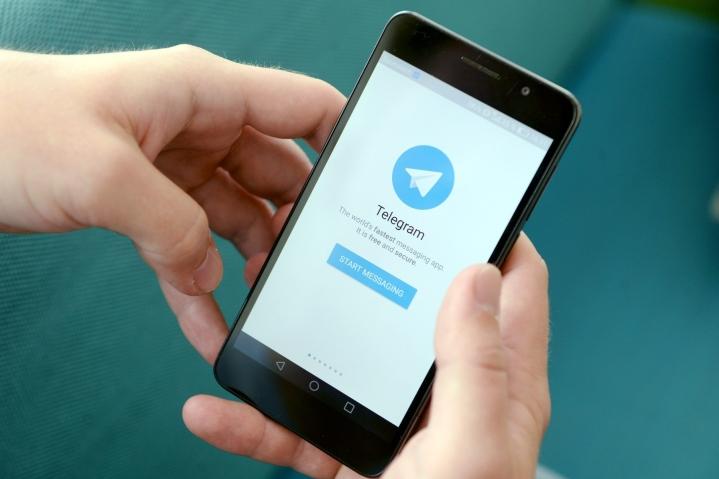 Facebookin käyttökatko kasvatti Telegram-viestipalvelun käyttäjämäärää kymmenillä miljoonilla. LEHTIKUVA / MIKKO STIG