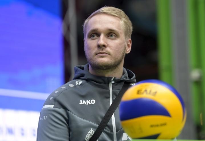 Hurmoksen valmentaja Matti Alatalo arvioi, että taso on noussut viime kaudesta. LEHTIKUVA / Vesa Moilanen
