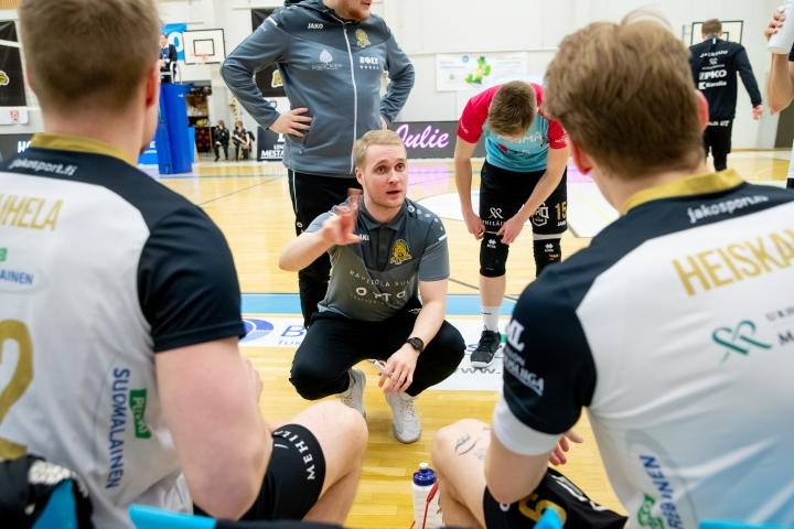 Hurmos aloittaa tänään kautensa Joensuun urheilutalolla päävalmentaja Matti Alatalon johdolla.