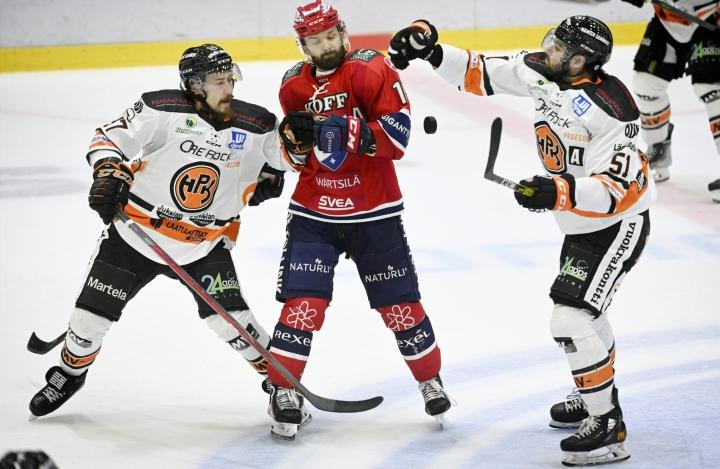 HIFK voitti HPK:n luvuin 6–2. LEHTIKUVA / Antti Aimo-Koivisto