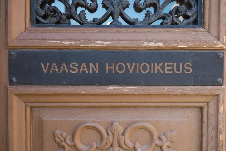 Vaasan hovioikeus kiristi keskiviikkona kahden miehen tuomioita suomalaismiesten hyväksikäyttöringistä. LEHTIKUVA / Timo Aalto