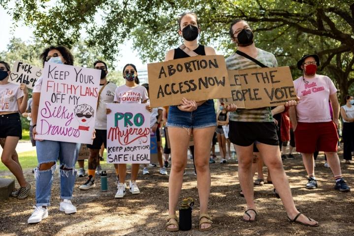 Viime kuussa Texasin osavaltio hyväksyi lain, joka kielsi lähes kaikki abortit ja joka johti kädenvääntöön lainsäädännön oikeutuksesta. LEHTIKUVA/AFP