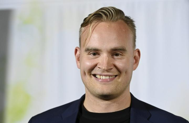 Atte Harjanne uskoo, että hänellä olisi annettavaa ministerin tehtävässä. LEHTIKUVA / Heikki Saukkomaa
