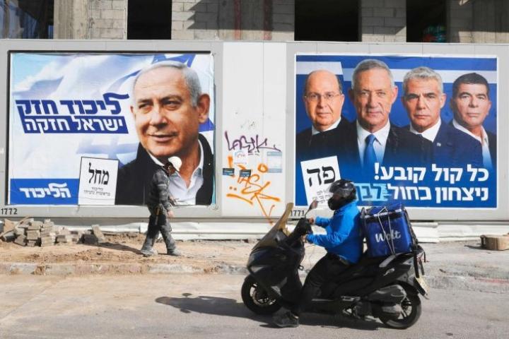 Vaaleja on sävyttänyt se, että Benjamin Netanjahu on korruptioväitteiden kohteena. LEHTIKUVA/AFP