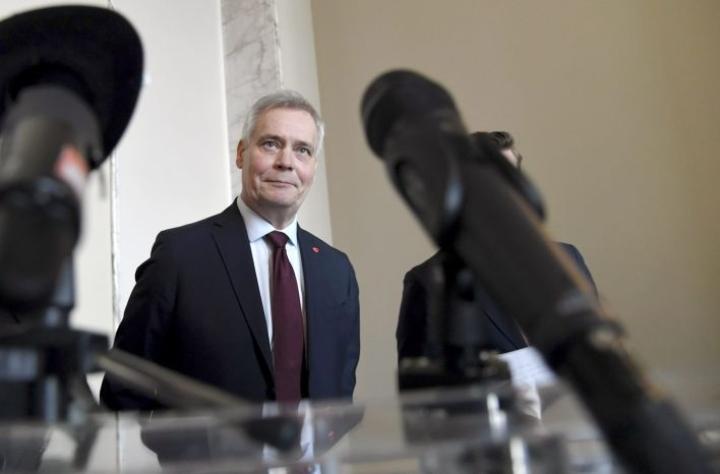 Hallitustunnustelija, SDP:n puheenjohtaja Antti Rinne haluaa vielä täsmennyksiä puolueiden vastauksiin Eurooppa-, ilmasto- ja talouspolitiikasta. LEHTIKUVA / MARKKU ULANDER