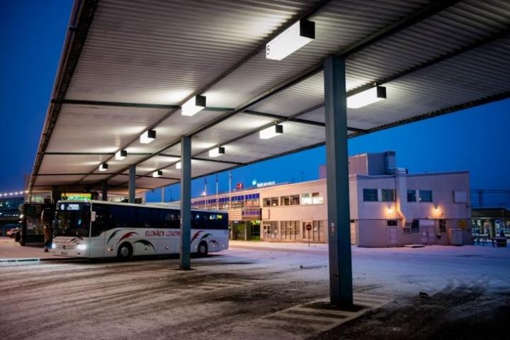 2000-luvulla Suomeen alkoi nousta matkakeskuksia. Kouvolan matkakeskus valmistui vuonna 2002.