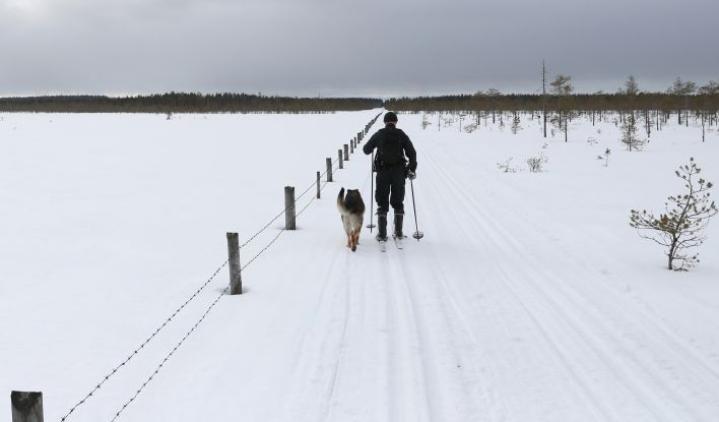Pohjois-Karjalan rajavartiostolla valvottavaa maarajaa on noin kolmesataa kilometriä.
