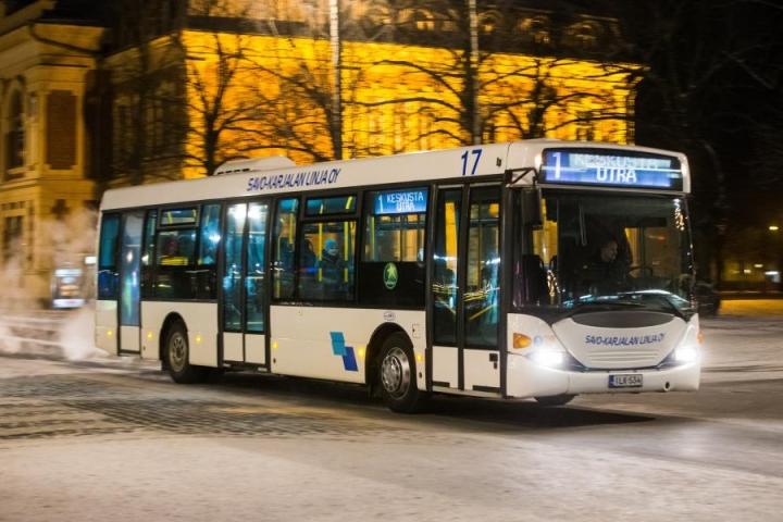 Joensuussa on jo vuosikausia saanut kulkea ilmaiseksi bussilla silloin, kun kulkee lastenvaunujen tai -rattaiden kanssa.
