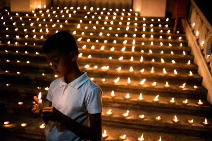 Noin viidesosa Sri Lankan pääsiäissunnuntain terrori-iskujen uhreista oli ulkomaalaisia. LEHTIKUVA/AFP