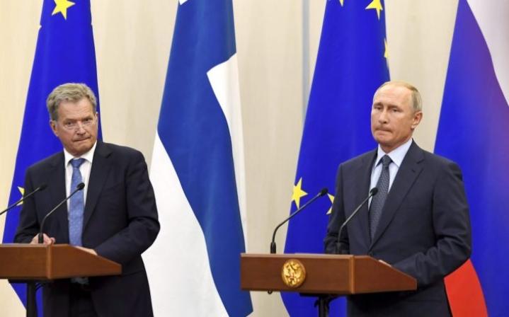 Presidentti Sauli Niinistö ja Venäjän presidentti Vladimir Putin tapasivat myös elokuussa Venäjällä. LEHTIKUVA / MARKKU ULANDER
