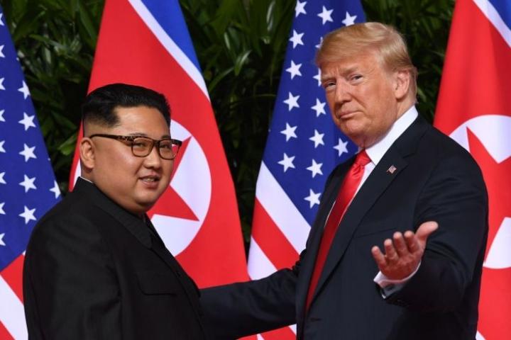Yhdysvaltain presidentti Donald Trump ja Pohjois-Korean johtaja Kim Jong-un tapasivat edellisen kerran kesäkuussa. LEHTIKUVA / AFP