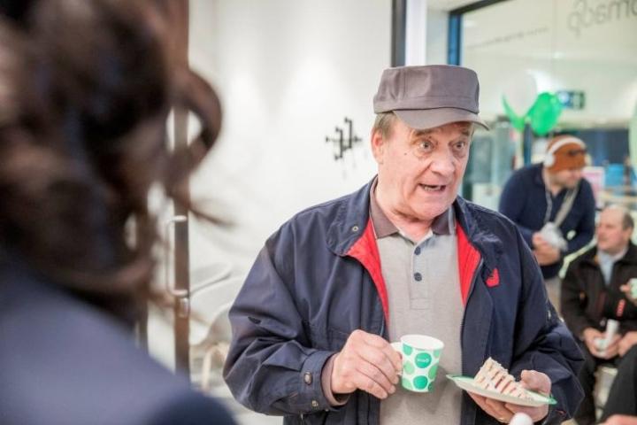 - Olen ehkä vanhimpia, ellen vanhin asiakas, tuumii Erkki Roivas, joka avasi tilin 67 vuotta sitten.