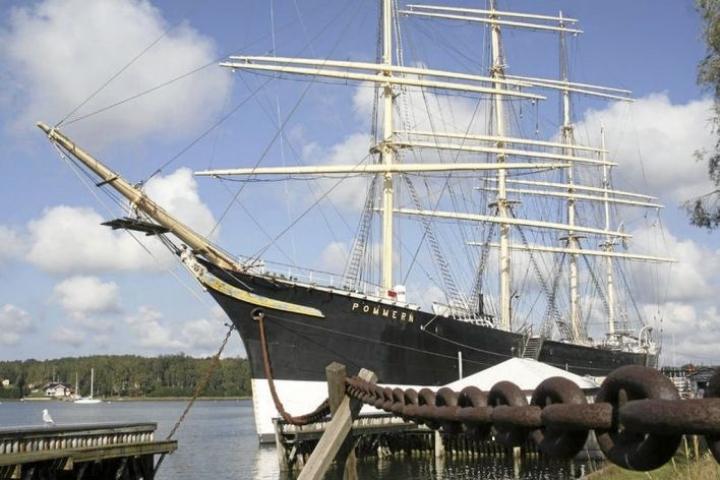 Pommern on maailman ainoa alkuperäisasussaan säilynyt nelimastoparkki.